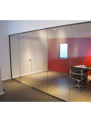 en verre et contre tout r alisations verrerie agencement d 39 espace professionnel en verre. Black Bedroom Furniture Sets. Home Design Ideas